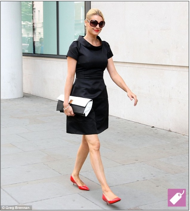 Tess Daly wears Suzannah Kaleidoscope Dress to meet the Queen.